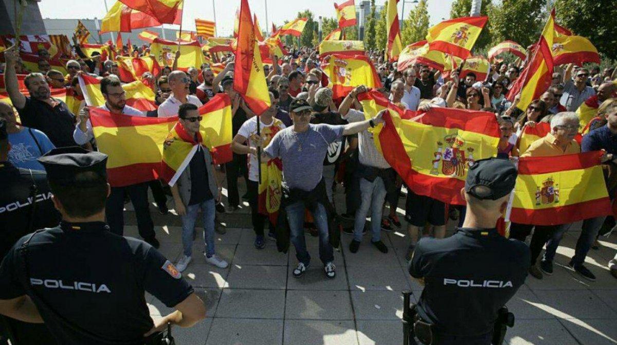 Frente a las derechas españolas
